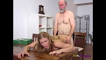 2 fox jillian myfriendshotmom Real mom gets paid