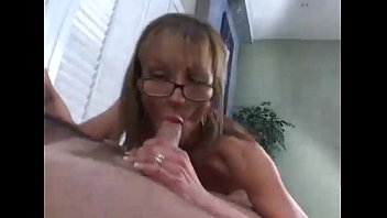 mom penis sucking young Spy cam mome