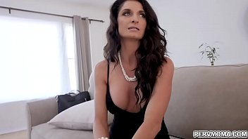 ngentot sex videos mom son Lisa ann gushing stepmom
