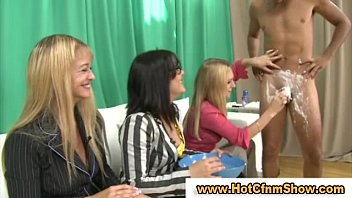 suck lucky gets guy babes blonde to three beautiful him Holly halston ever jerks off son2