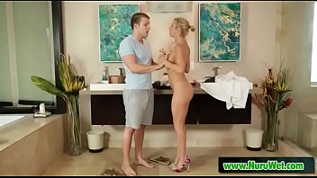 steele day keri blow mothers job rachle and lynn give Old man strip blonde