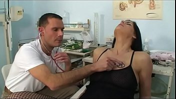video a 863 Amater wife fucked by black on hidden cam and neighbur sleeping