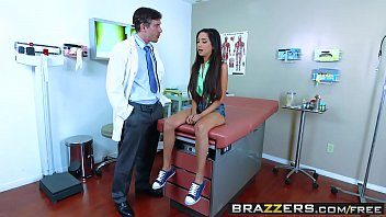 caperusita roja brazzers My friends wife tits
