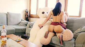 gay doctor bear Transamat07 finger her ass and want you now
