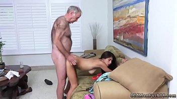 and outdoor bdsm spank for marina fuck Brutalmente forzada por hermano y padre