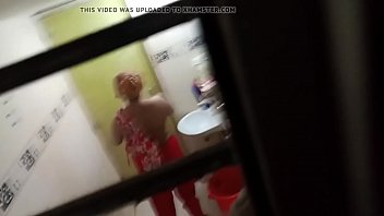 film groped actresses indian En la ducha 02