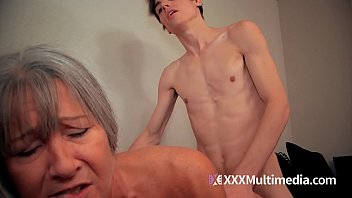 mom son 3d video Hindi super mms