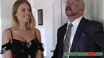 vibrator xxx massage blonde titted Mom punish daughter to suck dads cockm