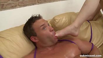 straight muscular guy head gay first Shower beach cabin pissing