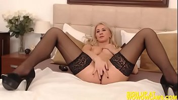 softcore blonde masturbation India whatsapp videos
