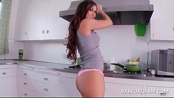 blonde with 3 sweet sexy ass playing her Extrac3b1o con mi esposa ebria