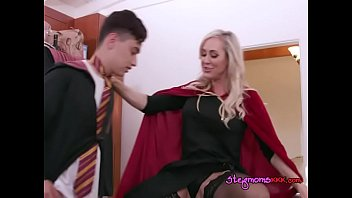 tante kuda sex Sissy thong assignment