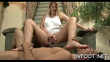 playing game sons i and friend Melanie hicks cum