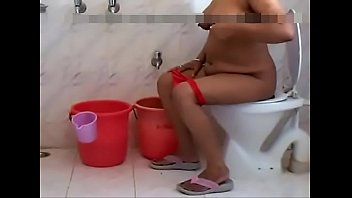 bal ke sheving niche bhabi Self shot real sweetie showing off totally nude