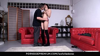 2 guys hotel asian the squirty roo in Ed powers linda