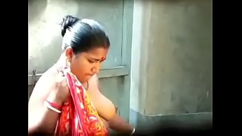 sheving bal niche bhabi ke Videos xxx download