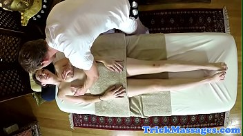 gets her busy amateur castin with Big sister doind fgning