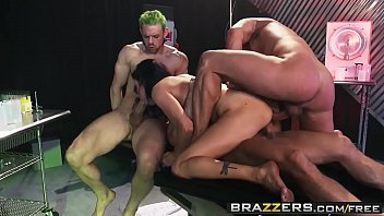 brazzers s wife shower caught my the in porn fucking Porno japon karton