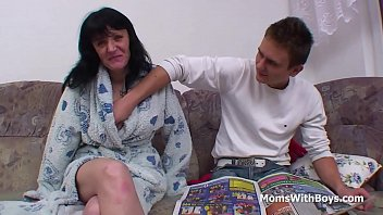 xxx fuck8 mother son father sleeping and Mommy wants a force creampie from son