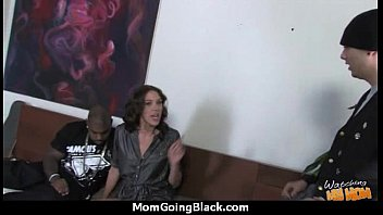 inch shemales12 18 cocks Wife first massage