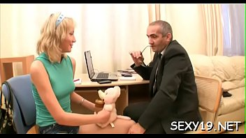 2 conhada da a vingana Horny blond rides his hard dick as he squeezes her tits6