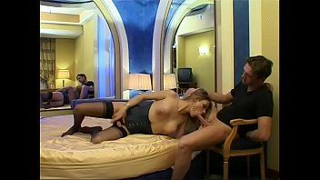 com karolynn movi Indian mature housewife saree and blouse teasing in camsearch some porn