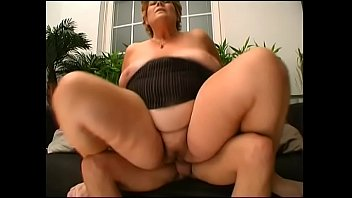 2016 pawg granny Masterbed watching parents