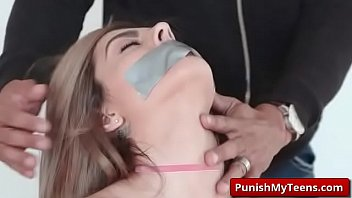 bitoni aletta audrey Housewife flashing teasing deliver